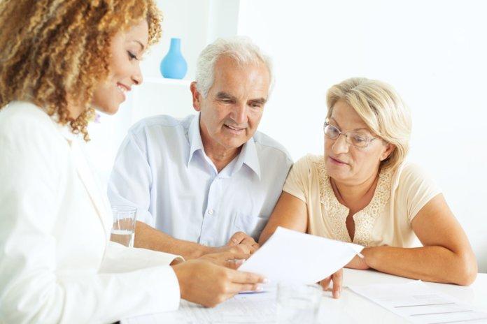 Заключение договора с пенсионерами